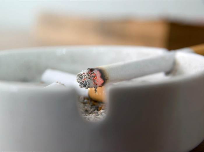 Perempuan yang menjadi perokok aktif makin banyak/Foto: ilustrasi/thinkstock