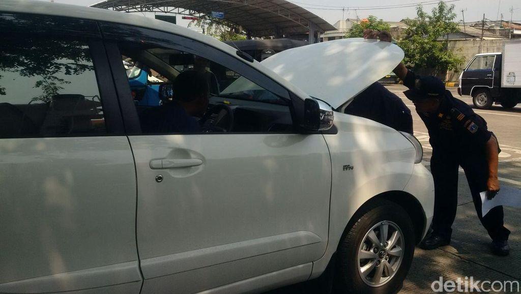Driver Taksi Online Minta Dilibatkan Bahas Kuota