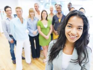 Survei Membuktikan Millennial Lebih Pilih Berkorban Cinta demi Karier