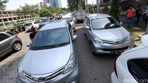 Kata Menhub Soal Revisi Aturan Taksi Online