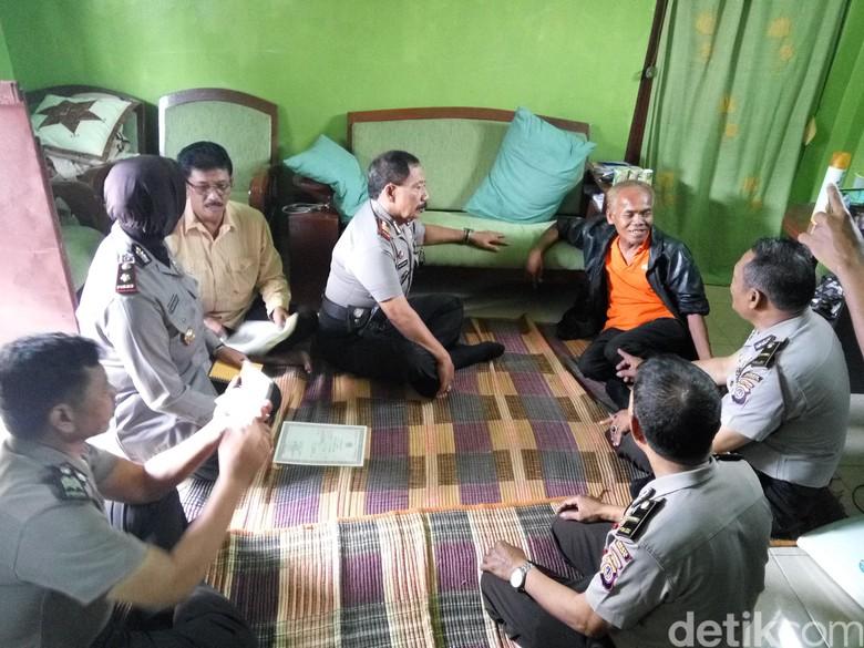 Kisah Lucu saat Waluyo Pulang: Tetangga Merinding hingga Makam Bolong