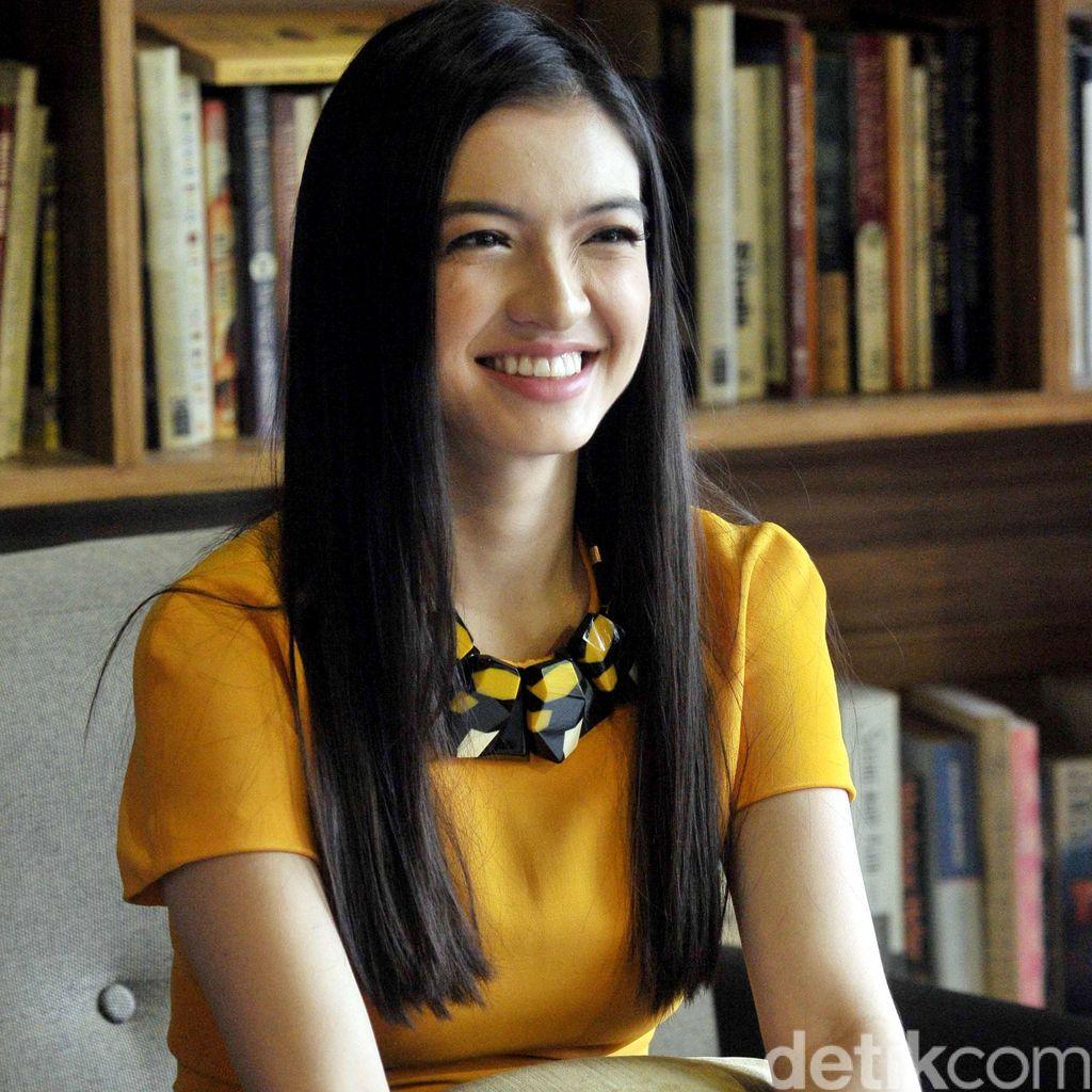 Bukan Sekadar Curhat, Raline Shah Rutin Tulis Diary Istimewa