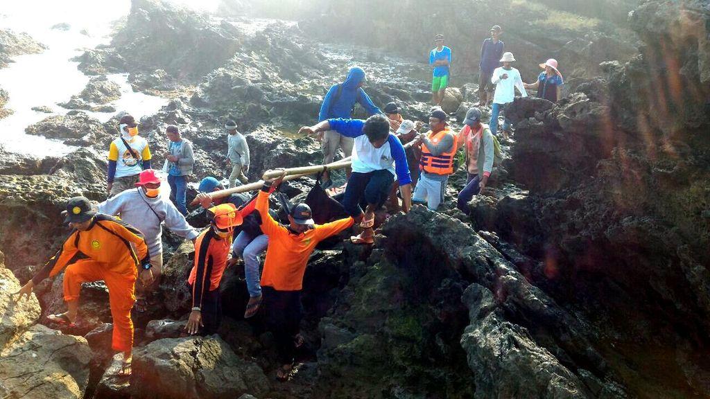 Guru Honorer Asal Pamulang Tewas Terseret Ombak di Pantai Ujungan Sukabumi