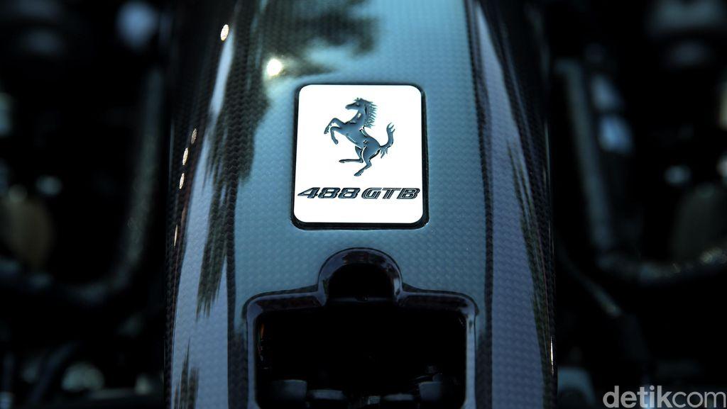 Cacat Airbag Takata, Ferrari Tarik 2.017 Mobil
