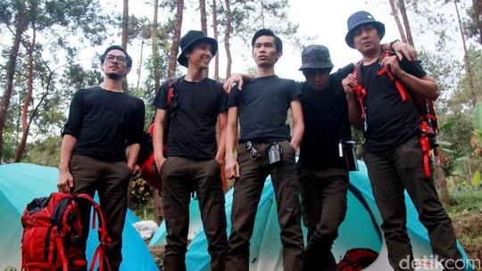 Naik Gunung Bareng The Changcuters