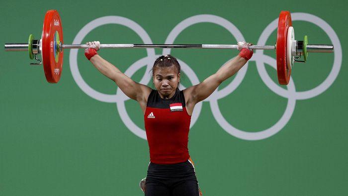 Sri Wahyuni, lifter putri andalan Indonesia. (REUTERS/Stoyan Nenov)