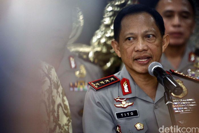 Pejabat tinggi sejumlah instansi kumpul di Markas Besar (Mabes) Kepolisian Republik Indonesia (Polri), membahas praktik kartel yang disinyalir sebagai biang keladi terjadinya gejolak harga pangan belakangan ini.
