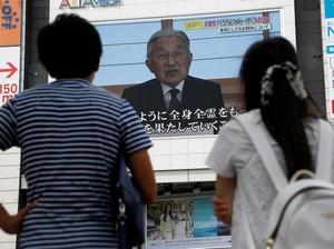 Turun Tahta Kaisar Jepang Jadi Berita Utama di Surat Kabar, Permaisuri Sedih