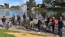 Sepedaan Bersama Menyambut Mahasiswa Baru RI di Adelaide
