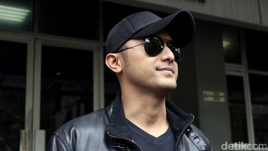 Hengky Kurniawan Sambangi Polda Metro Jaya