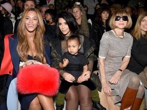 Sudah Baikan, Beyonce Hadiahkan Gelang Rp 280 Juta untuk Bayi Kim Kardashian