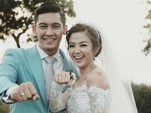 <i>Newlyweds</i>! Kebahagiaan Samuel Zylgwyn dan Franda Nikah di Bali