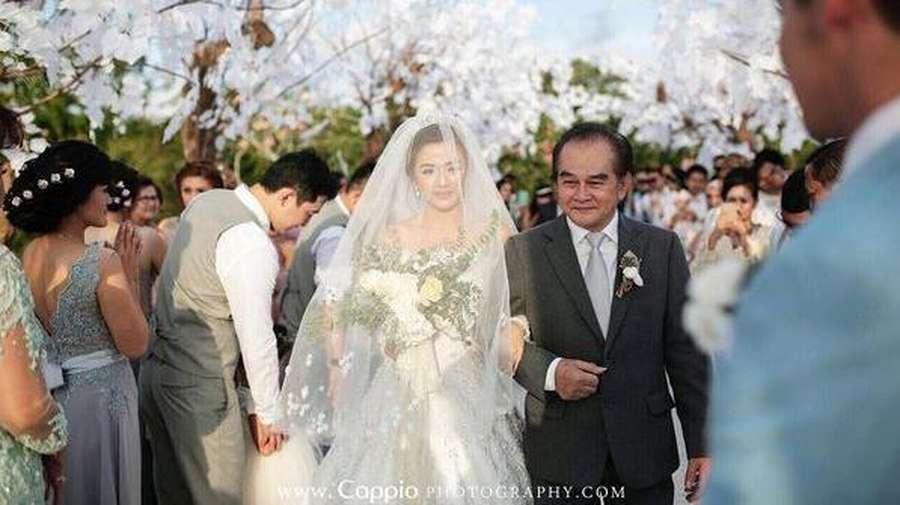 Newlyweds! Kebahagiaan Samuel Zylgwyn dan Franda Nikah di Bali