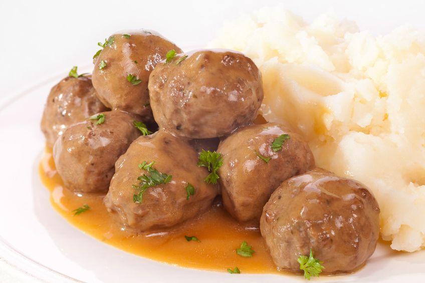 Nyam! Creamy Lembut, Swedish Meatball dengan Gravy Enak ...