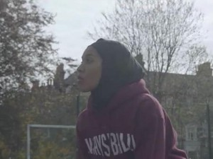 Hijabers Ini Buat Petisi Agar Diizinkan Tanding Basket Memakai Jilbab
