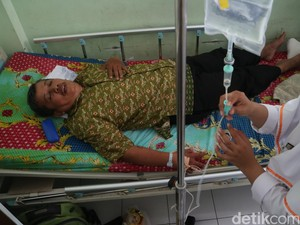 Guru Dasrul yang Pernah Dianiaya Murid Meninggal karena Kecelakaan