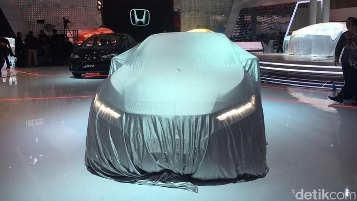 Honda Clarity diselmuti di GIIAS