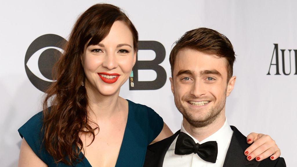 Cara Daniel Radcliffe Sukses Jalani LDR dengan Kekasih