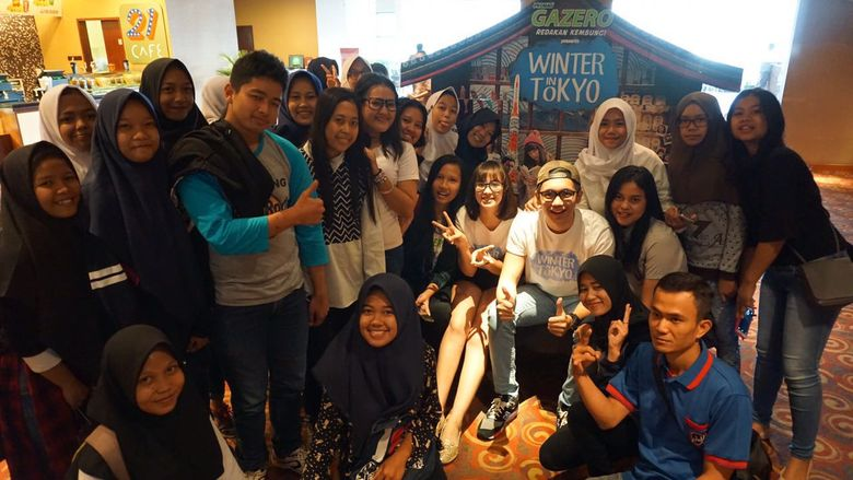 Pamela Bowie dan Brandon Salim menyapa penggemarnya di BTM Bogor, Jumat (12/8).