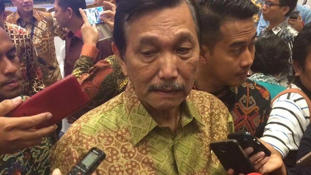 Luhut Akan Kerahkan Kapal TNI AL untuk Cari Minyak