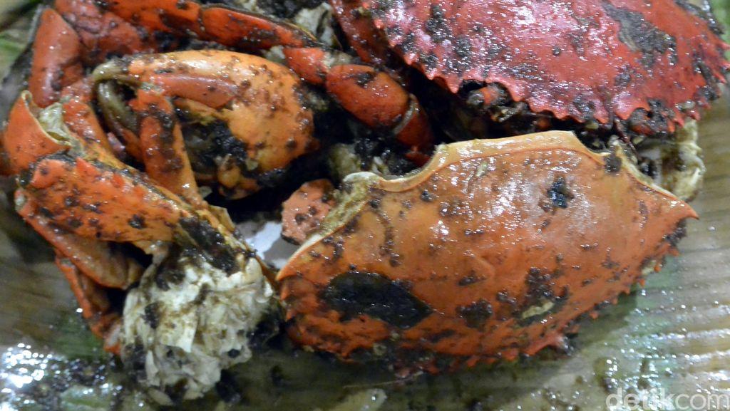 Liburan ke Bangka, Cicipi Juga Kuliner Kepiting Asap Nan Lezat
