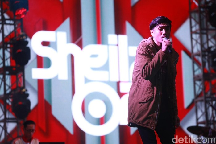 Band Sheila on 7 tampil di We The Fest 2016