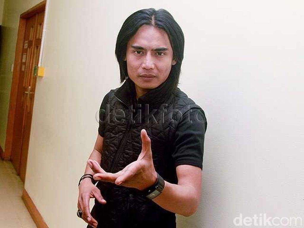 Rekaman Lagi, Charly Bawakan Musik Melayu Lebih Mendayu