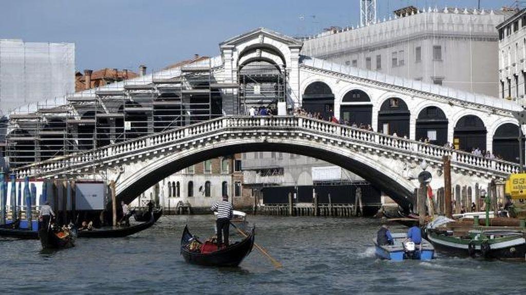 Ekonomi Anjlok Lagi, Italia Resmi Resesi