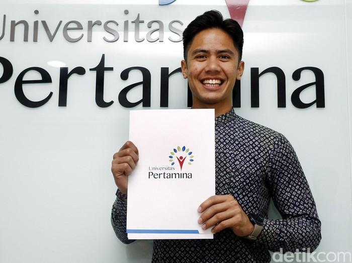 Universitas Pertamina menunjuk pebalap muda Moto2, Ali Adrian sebagai duta dari Universitas Pertamina, di Jakarta, Selasa (16/08/2016).