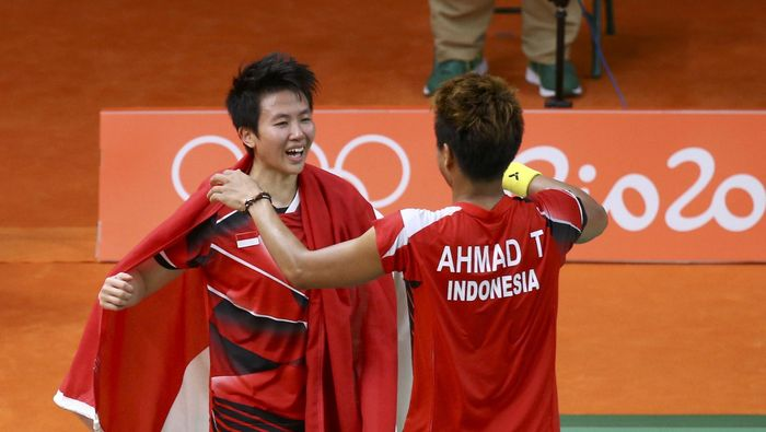 Tontowi Ahmad/Liliyana Natsir saat menanng di final Olimpiade Rio. (Marcelo del Pozo/Reuters)