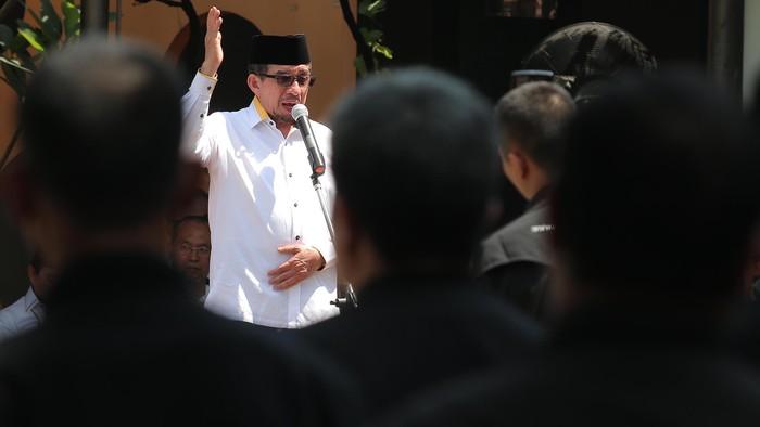 PKS menggelar upacara peringatan HUT ke-71 RI di halaman kantor DPP, Rabu (17/8). Ketua Majelis Syuro PKS Salim Segaf Al Jufri menjadi pembina upacara tersebut.