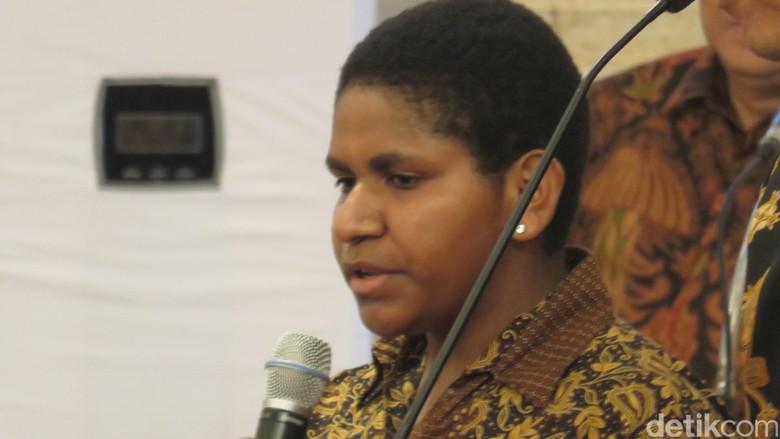 Nita Si Jago Matematika Asal Nduga Papua Presentasi Metode Belajar ke Jokowi
