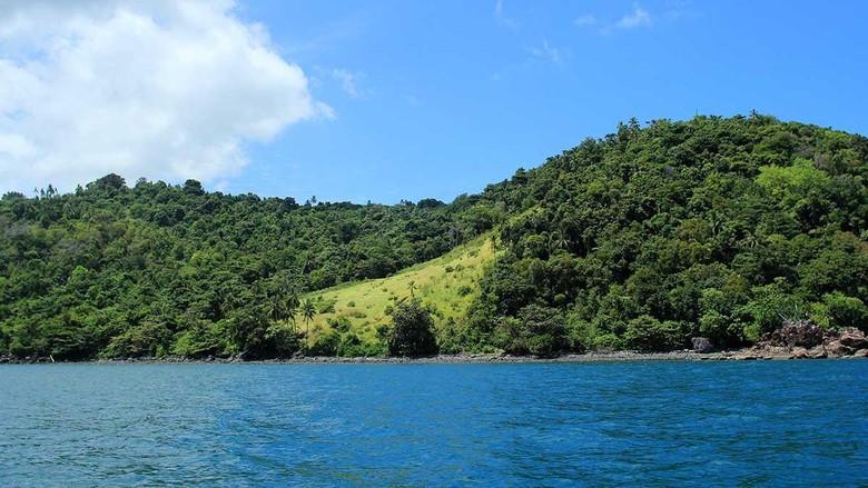 Liburan Tanpa Sinyal Di Kepulauan Karimata Kalimantan Barat