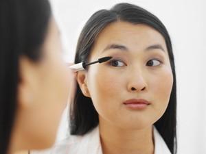 Yuk, Ikut Tantangan 1 Menit Makeup Mata di Instagram Wolipop