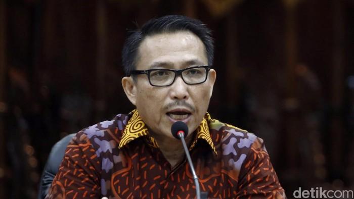 Kapolri Jenderal Tito Karnavian merilis kasus kasus tindak pidana perdagangan orang di Mabes Polri, Jakarta, Kamis (18/8/2016) 14 tersangka dan 30 korban dari NTT dihadirkan dalam rilis tersebut.