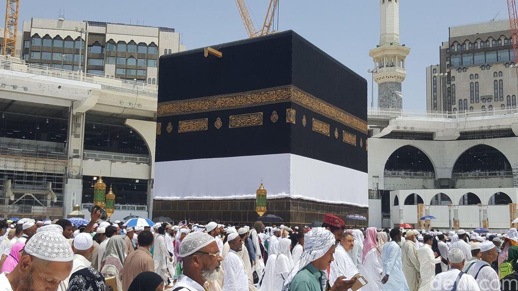 Arab Saudi Tarik Pajak, Biaya Ibadah Haji Naik Jadi Rp 35 Juta
