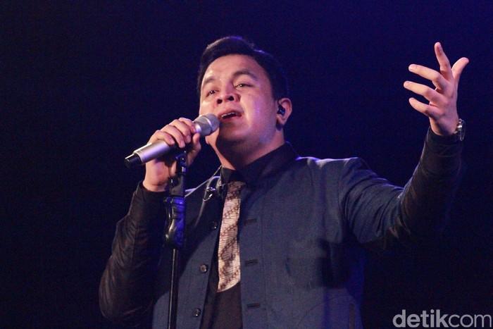 Tulus tamil di Prambanan Jazz