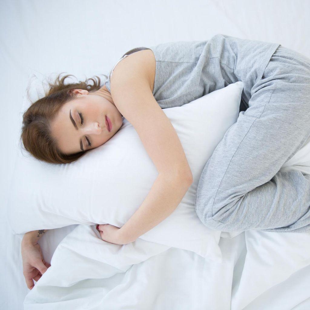 Ini Posisi Tidur Terburuk dan Terbaik untuk Kesehatan Tubuh