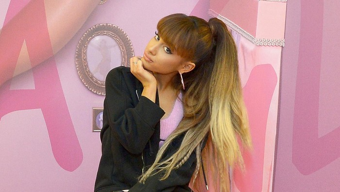 WEST HOLLYWOOD, CA - AUGUST 22:  M.A.C Viva Glam Spokesperson Ariana Grande Appearance At M.A.C North Robertson Store In LA on August 22, 2016 in West Hollywood, California.  (Photo by Charley Gallay/Getty Images for MAC Cosmetics )