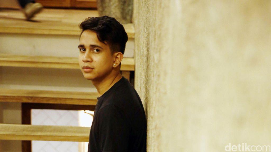 Andovi Da Lopez Percaya Diri Ikut Main Film Dilan 1991