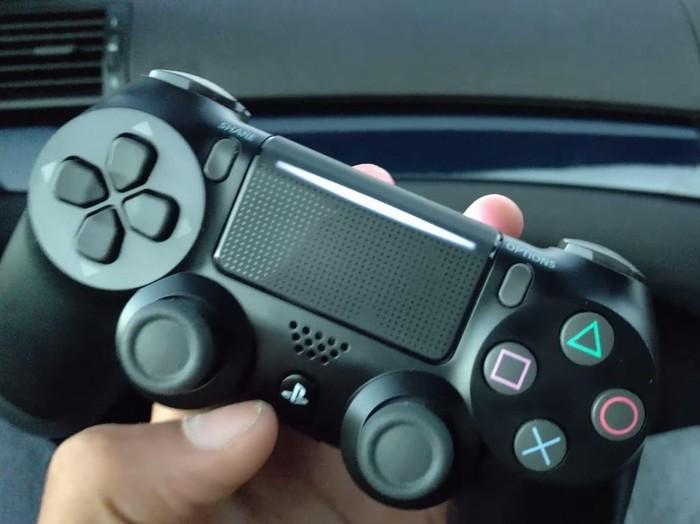 Kontroler PS4. Foto: istimewa