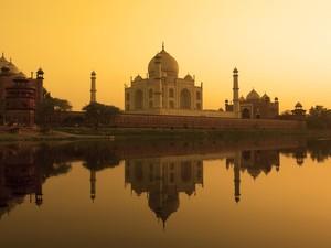 Taj Mahal dan Bukti Cinta Abadi Shah Jahan