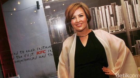 Perut Hamil 4 Bulan Cynthia Lamusu
