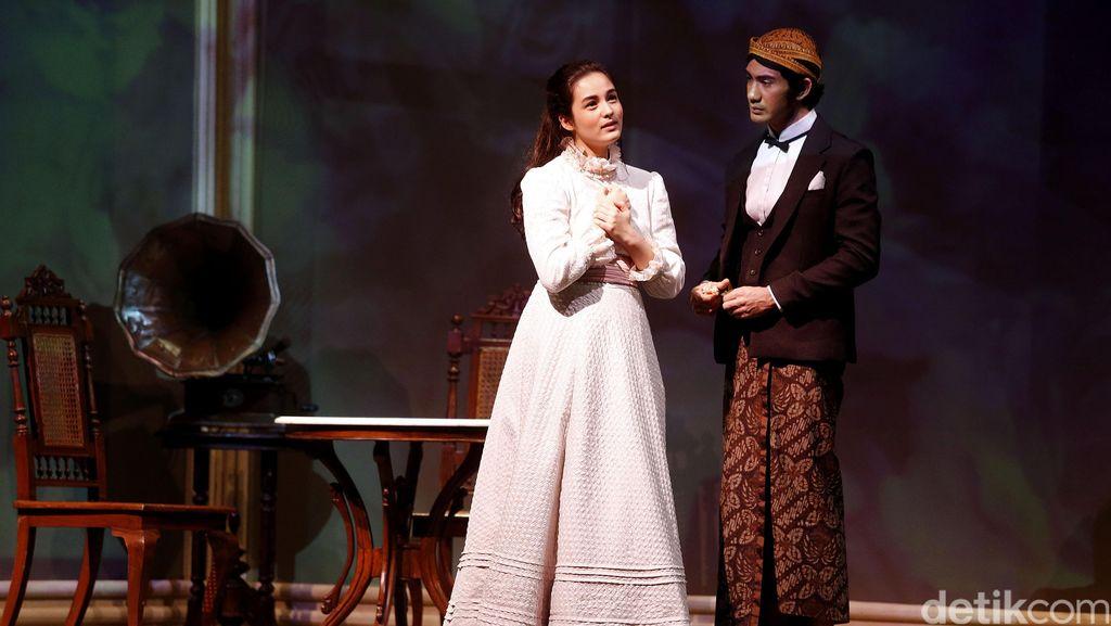 Tiket Teater Bunga Penutup Abad Dibanderol Mulai Rp 200 Ribu