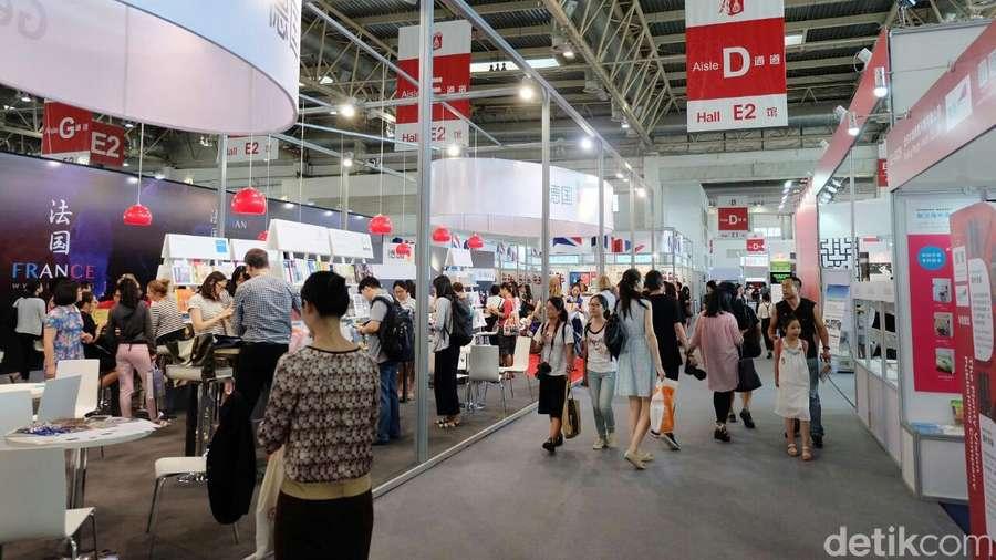 Suasana Beijing International Book Fair 2016