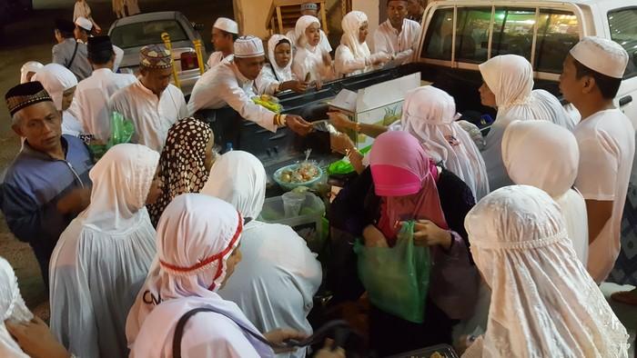 Toko Indonesia di Arab Saudi (Rachmadin/detikcom)