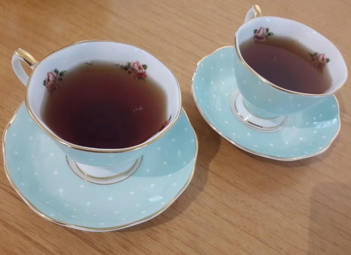 Teh hitam tanpa gula sudah teruji dari beberapa penelitian bisa menghilangkan bau mulut. Kandungan antioksidan dan polifenol dalam teh juga bisa mengusir bakteri penyebab halitosis. (Foto: thinkstock)