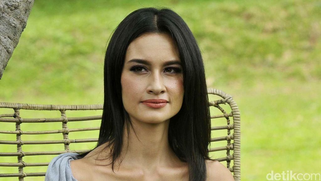 Pengakuan Panjang Lebar Rebecca Reijman Soal Mobil Cuma-cuma dari Wawan