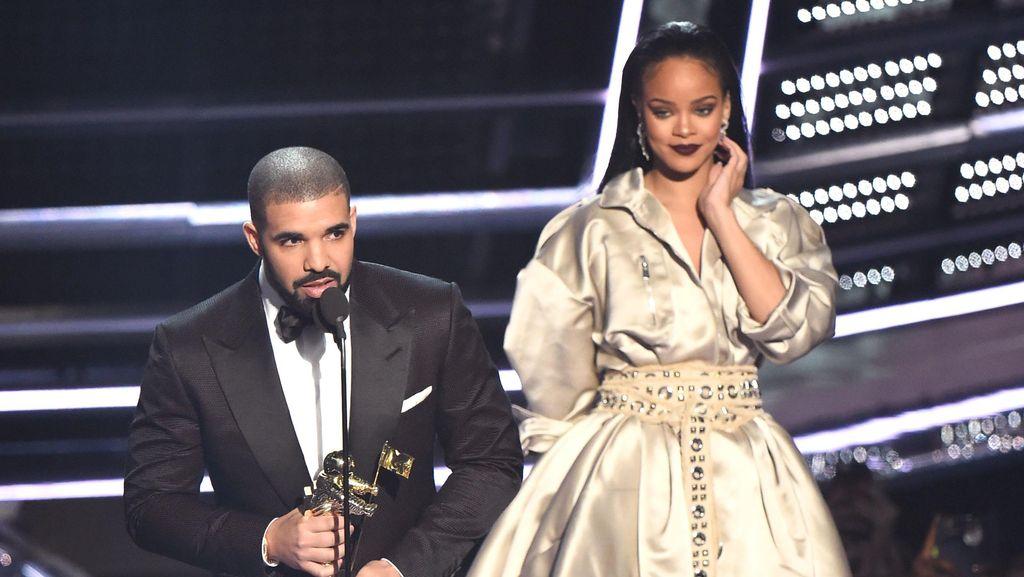 Drake Bertahun-tahun Koleksi Tas Hermes untuk Diberikan ke Calon Istri