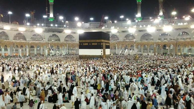 Cuaca Panas Ekstrem, Ini Tips Bagi Jemaah Haji Saat Ibadah Armina